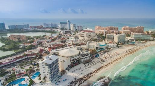 Vista aerea de Playa Forum, Cancún.