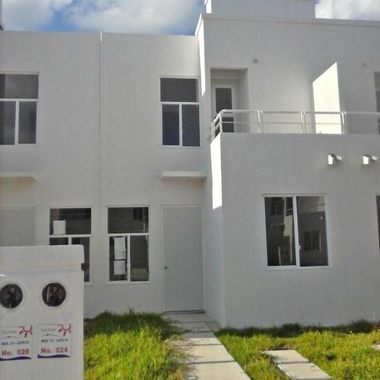 Casa en Cancun. Fraccionamiento La Joya.