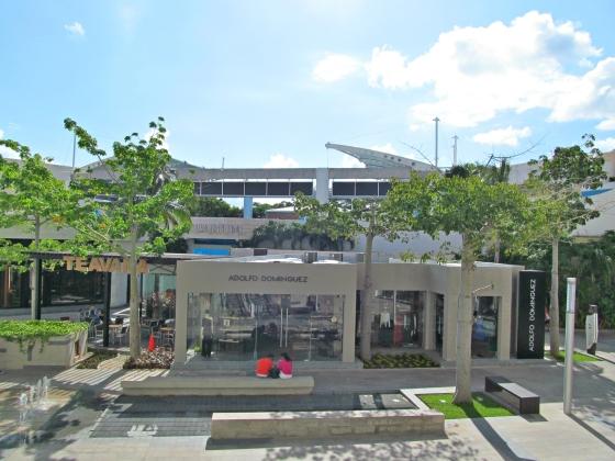 Empleo en Cancún. Plaza La Isla.